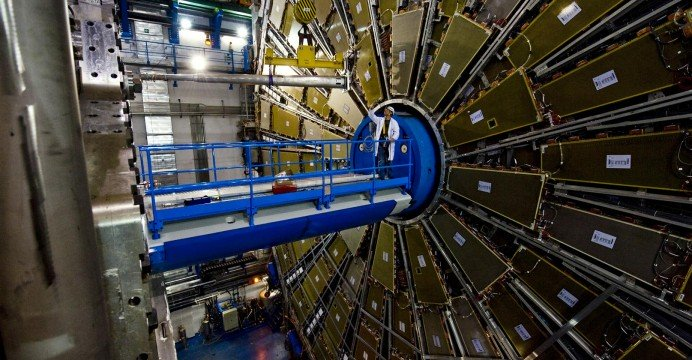 CERN Expects To Contact Parallel Universe In a Few Days